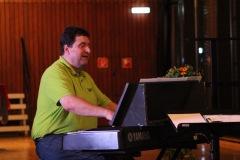 Klaus Breuninger am Klavier
