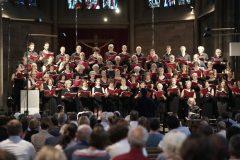 Schindlers Missa in Jazz: Solitude-Chor und Band,