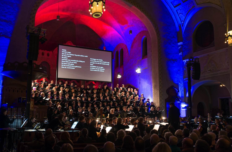 """Solitude-Chor und SO Hohenheim beim """"i believe""""-Konzert 2013"""